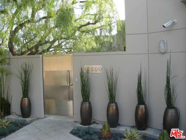 Rental Homes for Rent, ListingId:29246108, location: 12500 CLOUD Lane Los Angeles 90049