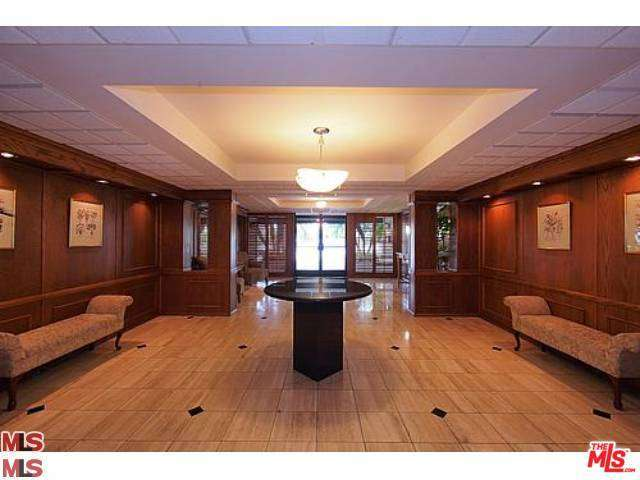 Rental Homes for Rent, ListingId:29330964, location: 906 DOHENY Drive West Hollywood 90069