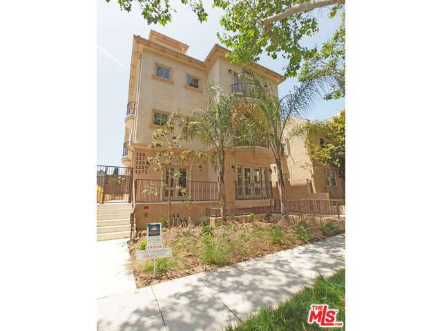 Rental Homes for Rent, ListingId:29335683, location: 119 North SWALL Drive Beverly Hills 90211