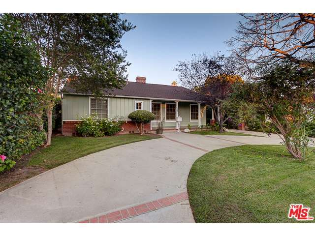 Rental Homes for Rent, ListingId:29414685, location: 4844 CARTWRIGHT Avenue Toluca Lake 91602