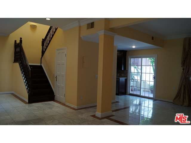 Rental Homes for Rent, ListingId:29526930, location: 236 South GALE Drive Beverly Hills 90211