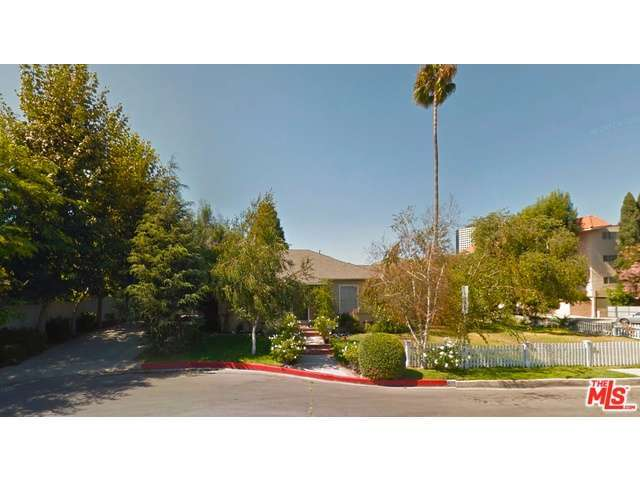 Rental Homes for Rent, ListingId:29575068, location: 4201 TOLUCA LAKE Lane Burbank 91505