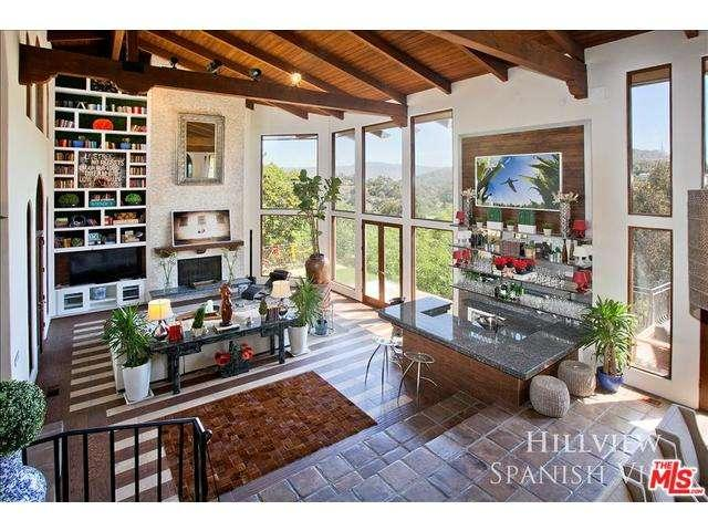 Rental Homes for Rent, ListingId:29609724, location: 2968 PASSMORE Drive Los Angeles 90068