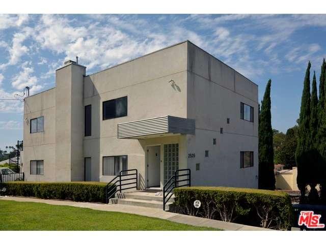 Rental Homes for Rent, ListingId:29593637, location: 2525 SILVER RIDGE Avenue Los Angeles 90039
