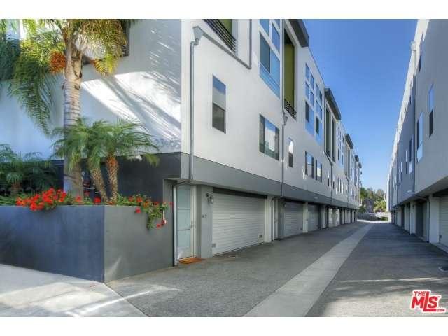 Rental Homes for Rent, ListingId:29623829, location: 2395 SILVER LAKE Boulevard Los Angeles 90039