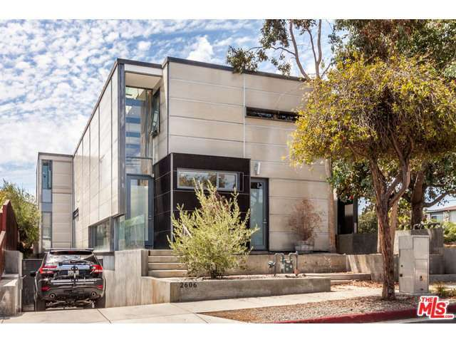 Rental Homes for Rent, ListingId:29623755, location: 2606 HIGHLAND Avenue Santa Monica 90405