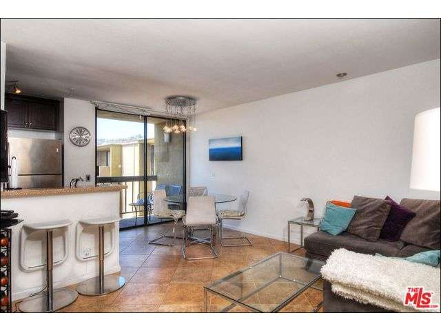 Rental Homes for Rent, ListingId:29634364, location: 7320 HAWTHORN Avenue Los Angeles 90046