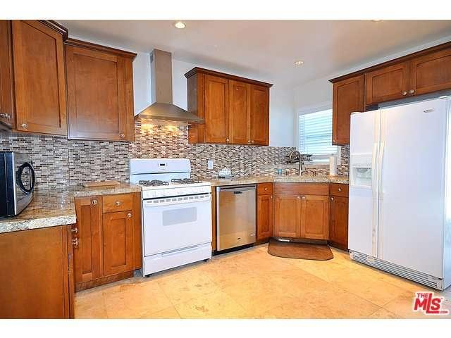 Rental Homes for Rent, ListingId:29762688, location: 7742 DUNBARTON Avenue Los Angeles 90045