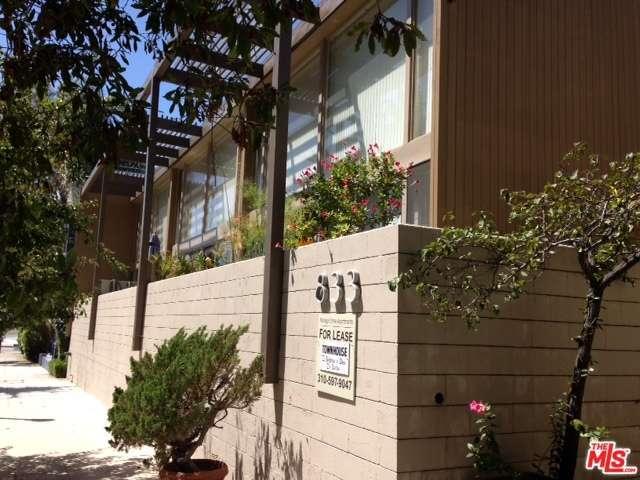Rental Homes for Rent, ListingId:29807079, location: 833 MORAGA Drive Los Angeles 90049