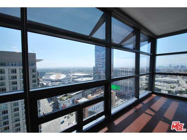 Rental Homes for Rent, ListingId:29831159, location: 900 South FIGUEROA Los Angeles 90015