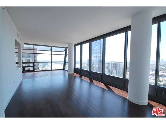 Rental Homes for Rent, ListingId:29831160, location: 900 South FIGUEROA Los Angeles 90015