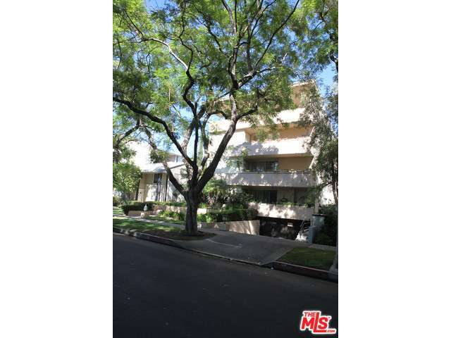 Rental Homes for Rent, ListingId:29848130, location: 344 PALM Drive Beverly Hills 90210