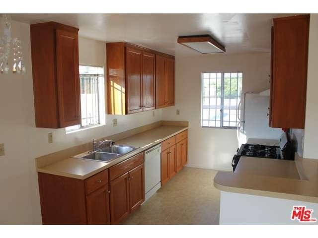 Rental Homes for Rent, ListingId:29967647, location: 3929 BENTLEY Avenue Culver City 90232