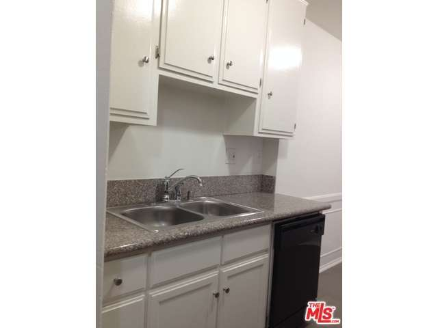 Rental Homes for Rent, ListingId:29983926, location: 1833 North NORMANDIE Avenue Los Angeles 90027