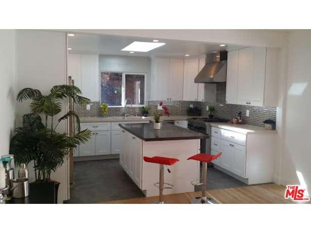 Rental Homes for Rent, ListingId:30036419, location: 903 BEVERLY GLEN Los Angeles 90077