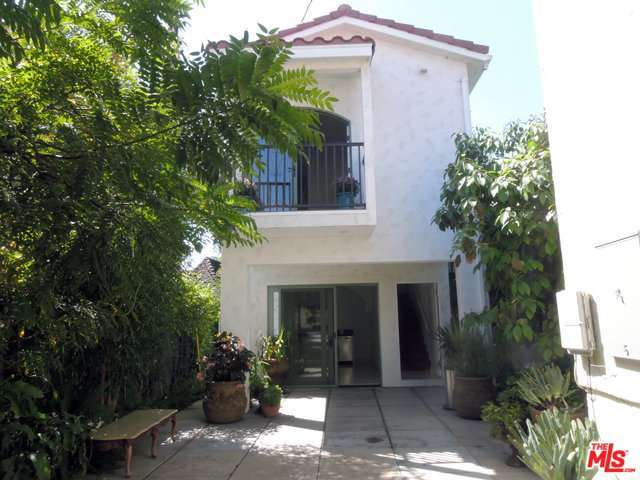Rental Homes for Rent, ListingId:30135145, location: 1521 North CRESCENT HEIGHTS Boulevard West Hollywood 90046