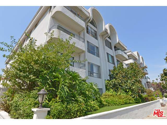 Rental Homes for Rent, ListingId:30062038, location: 221 South GALE Drive Beverly Hills 90211