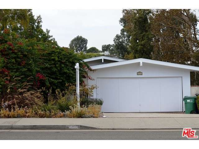 Rental Homes for Rent, ListingId:30078012, location: 3021 North VALLEY Drive Manhattan Beach 90266