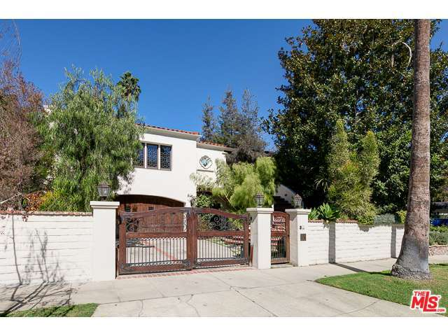 Rental Homes for Rent, ListingId:30078022, location: 10155 TOLUCA LAKE Avenue Toluca Lake 91602