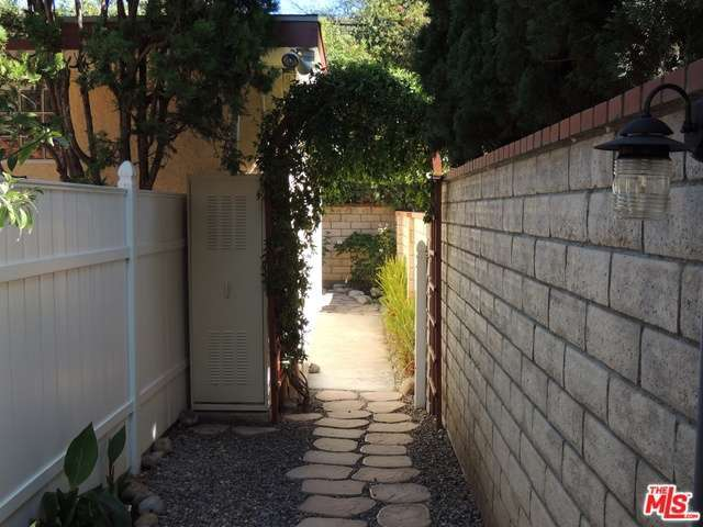 Rental Homes for Rent, ListingId:30082387, location: 3274 GREENFIELD Avenue Los Angeles 90034