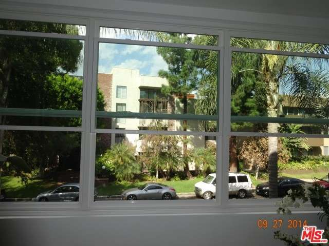 Rental Homes for Rent, ListingId:30096546, location: 14144 DICKENS Street Sherman Oaks 91423