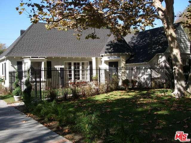 Rental Homes for Rent, ListingId:30175421, location: 4949 MORELLA Avenue Valley Village 91607
