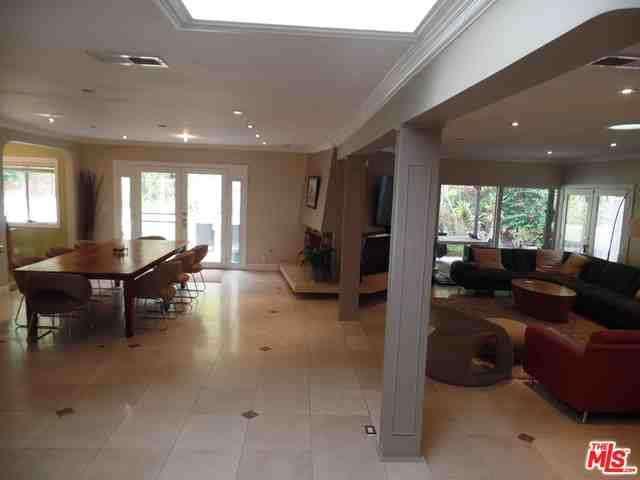 Rental Homes for Rent, ListingId:30243629, location: 16939 BOSQUE Drive Encino 91436