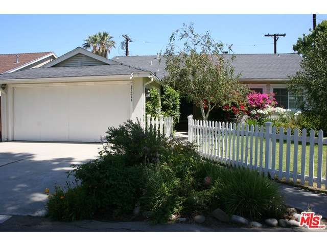 Rental Homes for Rent, ListingId:30269586, location: 17211 MARTHA Street Encino 91316