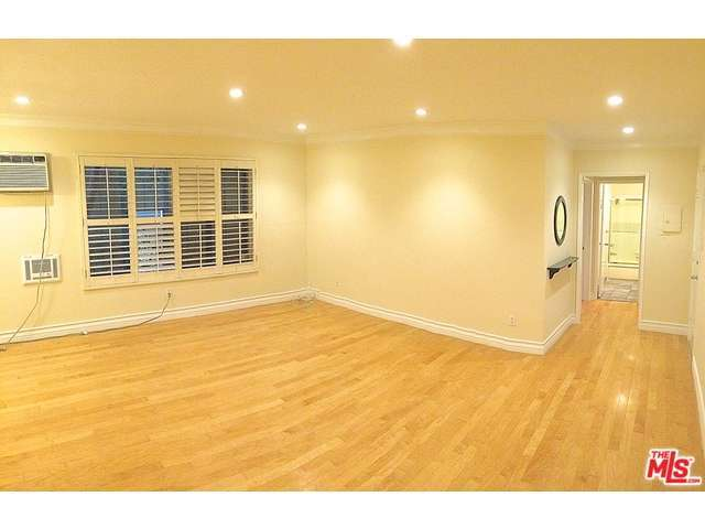 Rental Homes for Rent, ListingId:30297491, location: 960 LARRABEE Street West Hollywood 90069