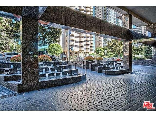 Rental Homes for Rent, ListingId:30344762, location: 10551 WILSHIRE Los Angeles 90024