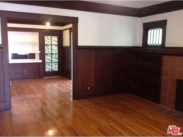 Rental Homes for Rent, ListingId:30330259, location: 215 North KINGSLEY Drive Los Angeles 90004