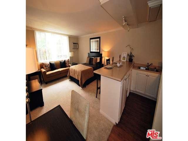 Rental Homes for Rent, ListingId:30353713, location: 1200 RIVERSIDE Drive Burbank 91506