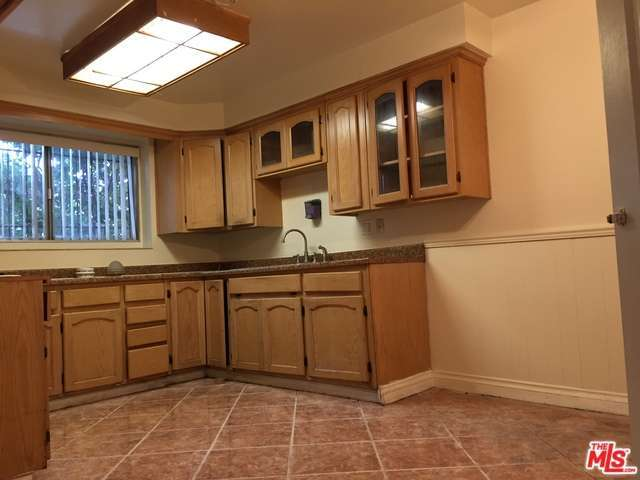 Rental Homes for Rent, ListingId:30353725, location: 22 South CAMELBACK Avenue Carson 90745