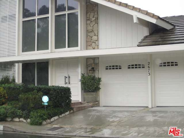 Rental Homes for Rent, ListingId:30387283, location: 2673 CORDELIA Road Los Angeles 90049