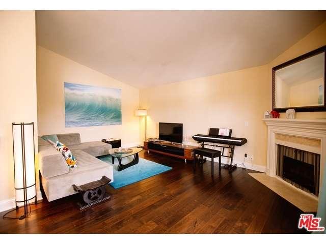 Rental Homes for Rent, ListingId:30398871, location: 11939 WEDDINGTON Street Valley Village 91607