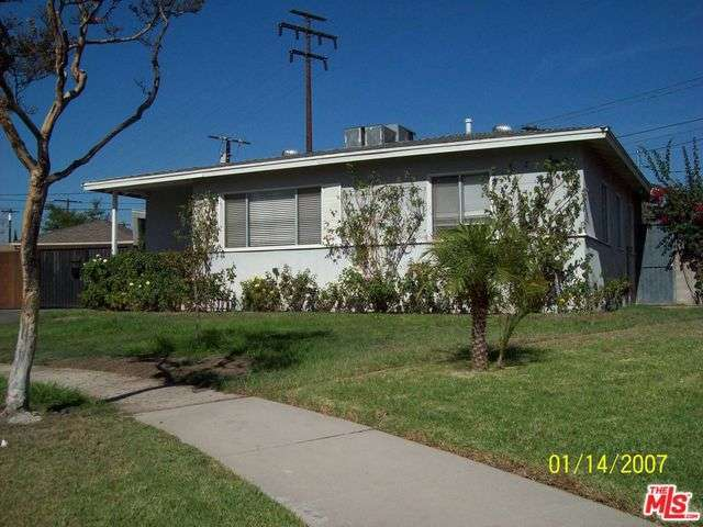 Rental Homes for Rent, ListingId:30429103, location: 12225 MILLDALE Court North Hollywood 91605