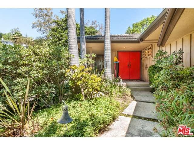 Rental Homes for Rent, ListingId:30429072, location: 10871 CHALON Road Los Angeles 90077