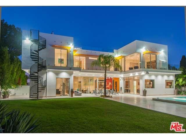 Rental Homes for Rent, ListingId:30498375, location: 4533 ESTRONDO Drive Encino 91436
