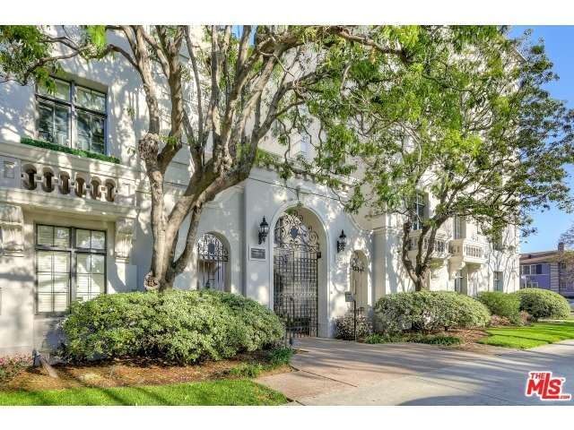 308 North SYCAMORE Avenue 506, one of homes for sale in Miracle Mile