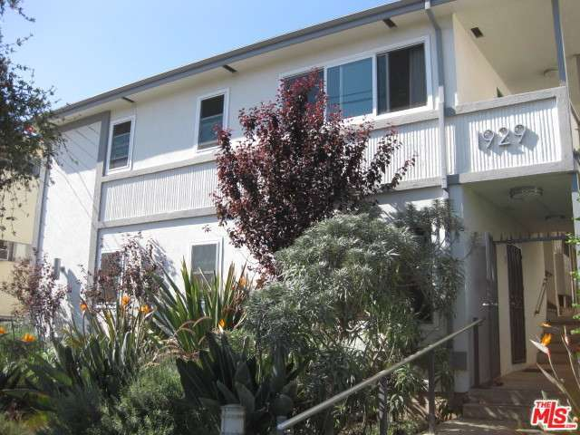Rental Homes for Rent, ListingId:30482326, location: 1929 TAMARIND Avenue Los Angeles 90068