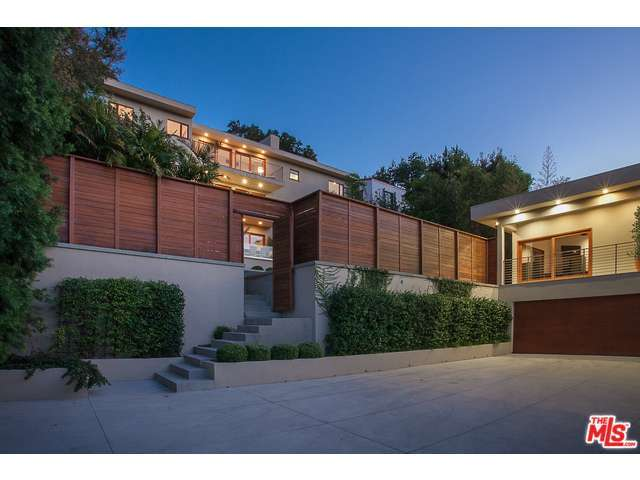 Rental Homes for Rent, ListingId:30591255, location: 2035 DE MILLE Drive Los Angeles 90027