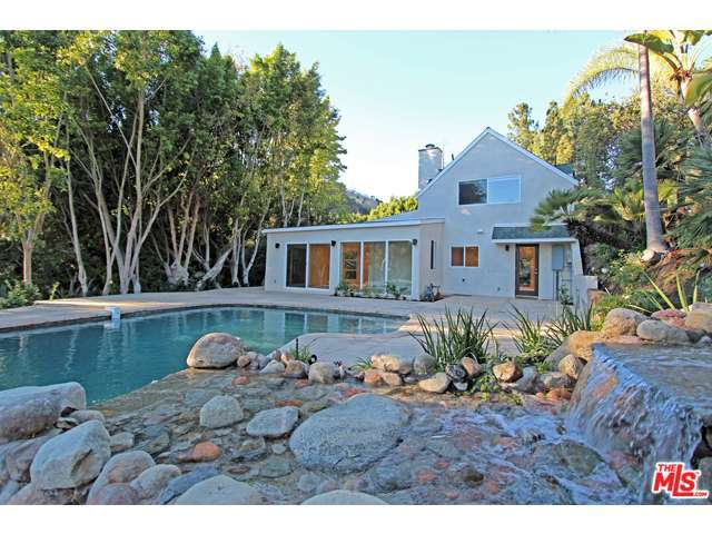 Rental Homes for Rent, ListingId:30630434, location: 2750 BENEDICT CANYON Drive Beverly Hills 90210