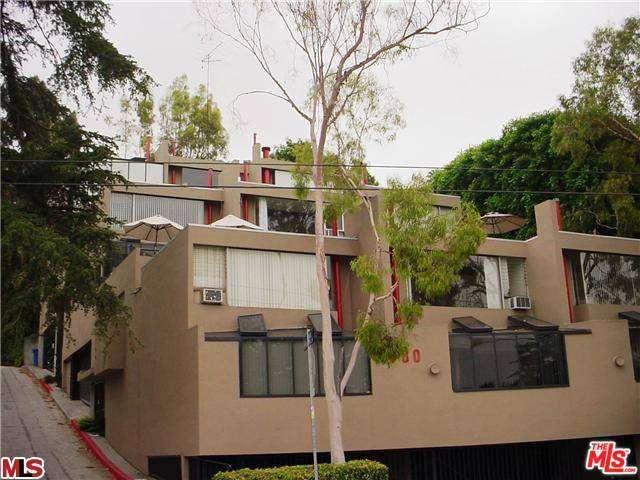 Rental Homes for Rent, ListingId:30657209, location: 1780 GRIFFITH PARK Boulevard Los Angeles 90039