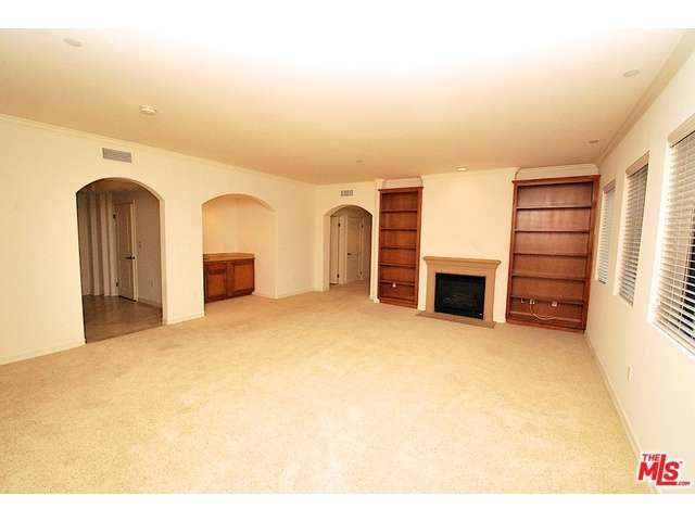 Rental Homes for Rent, ListingId:30668285, location: 6203 VARIEL Avenue Woodland Hills 91367