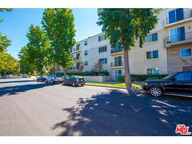 Rental Homes for Rent, ListingId:30705889, location: 14412 KILLION Street Sherman Oaks 91401