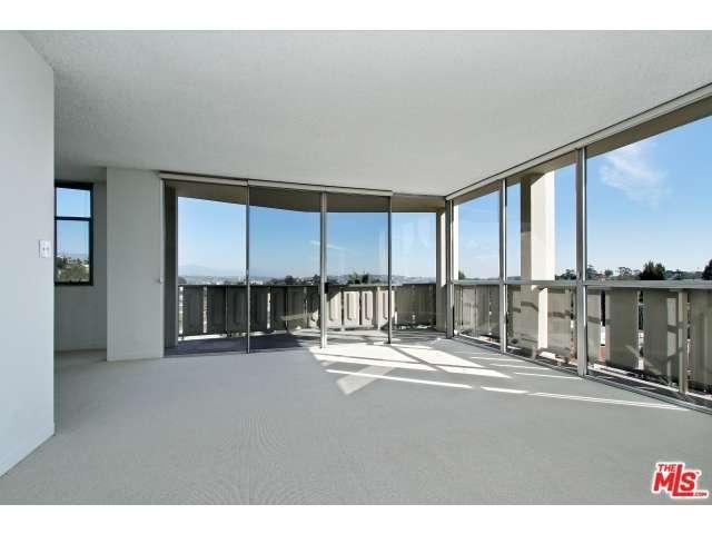 Rental Homes for Rent, ListingId:30739741, location: 4411 LOS FELIZ Los Angeles 90027