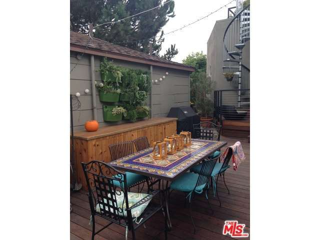 Rental Homes for Rent, ListingId:30721531, location: 3042 BEVERLY Drive Los Angeles 90034
