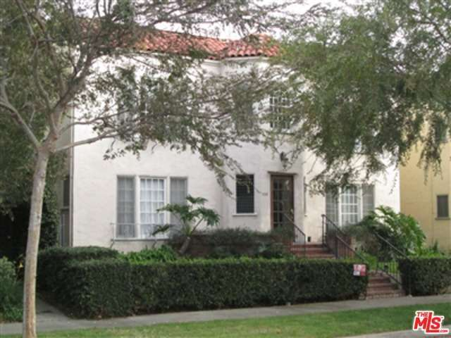 Rental Homes for Rent, ListingId:30739846, location: 152 South CRESCENT Drive Beverly Hills 90212