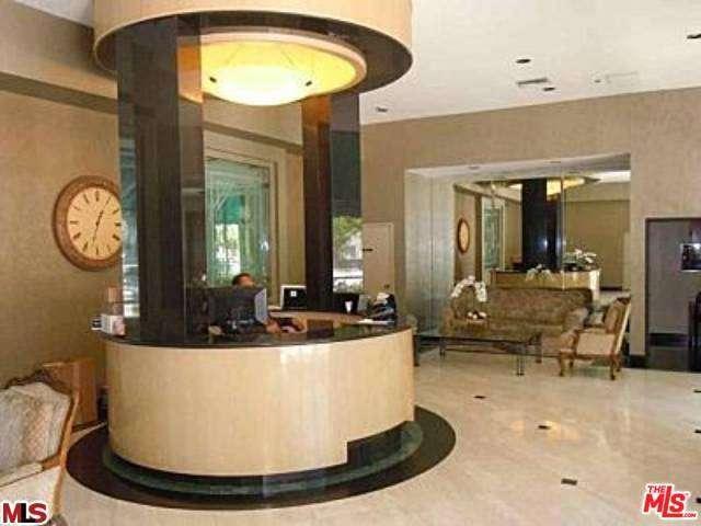 Rental Homes for Rent, ListingId:30795596, location: 10535 WILSHIRE Los Angeles 90024