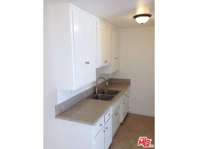 Rental Homes for Rent, ListingId:30853963, location: 4115 West CENTURY Boulevard Inglewood 90304